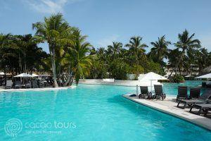 Басейнът на хотел Catalonia Bavaro Beach Resort, Пунта Кана, Доминикана