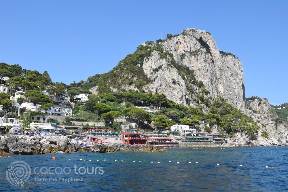 разходка с лодка от Соренто до Капри (Capri, Italy)