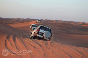 джип сафари сред пясъците, Дубай, ОАЕ