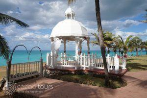 сватбена беседка в хотел Melia Varadero, Варадеро, Куба