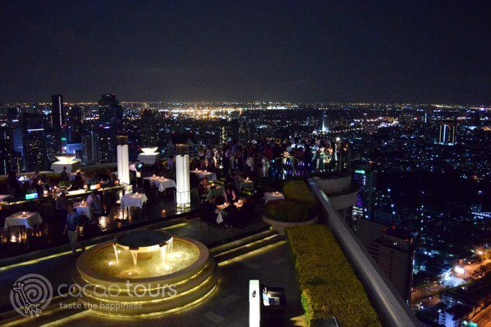 гледка към града, скай бар Лебуа, Банкок, Тайланд