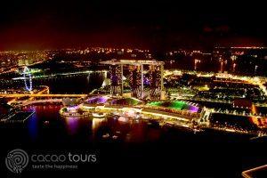 гледка към Марина Бей Сандс, от скай бар 1 Altitude, Сингапур