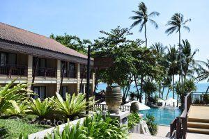 басейнът на Impiana Resort, Чауенг Ной, Ко Самуи, Тайланд