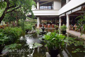 ресторантът в Nusa Dua Beach Hotel, остров Бали, Индонезия