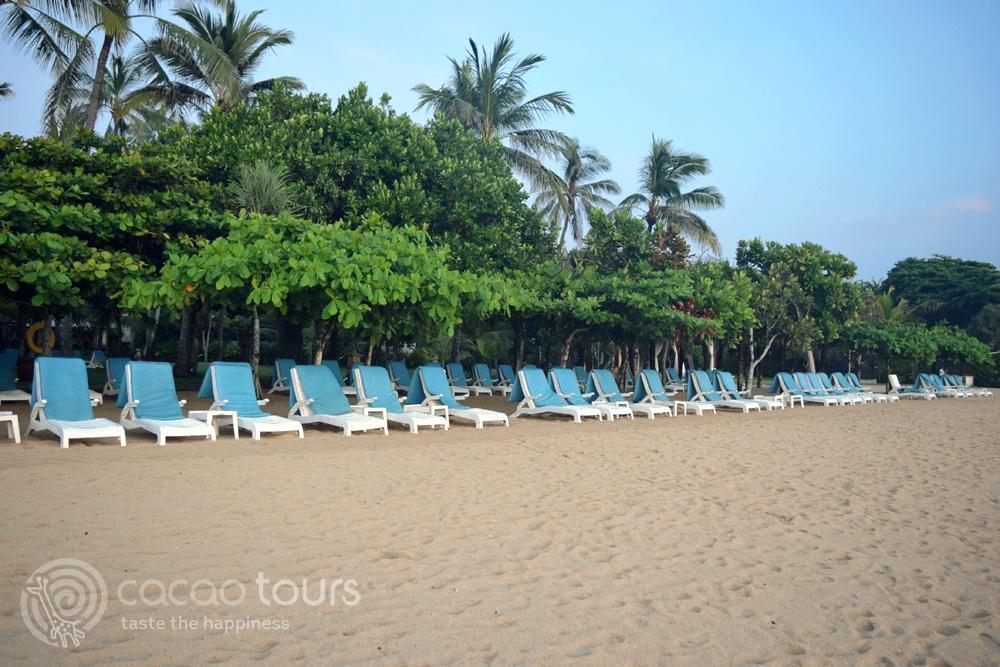 Плажната ивица в Нуса Дуа, Бали, Индонезия