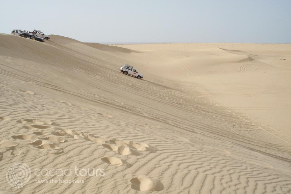 джип сафари в пустинята Сахара, Тунис (Sahara Desert, Tunisia)