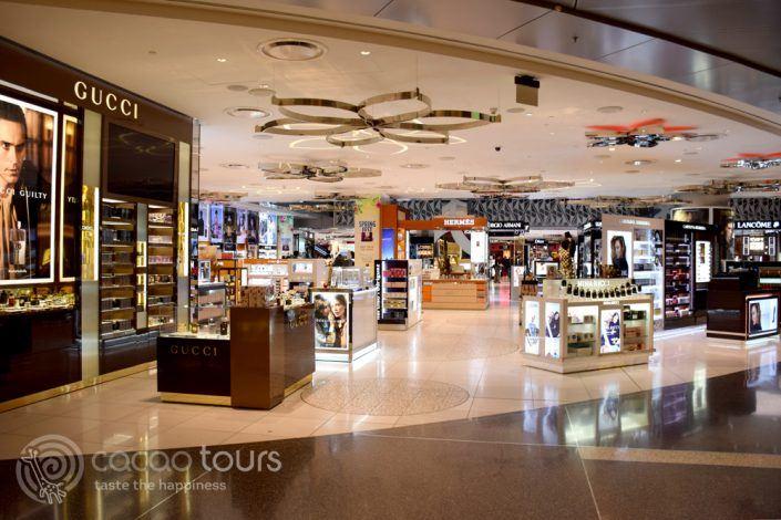 Qatar Duty Free, летище Hamad International Airport, Доха, Катар