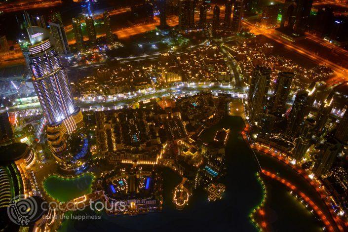 вечерна гледка от Бурж Халифа, Дубай, ОАЕ