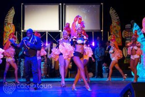 танцьори от Тропикана шоу, Варадеро, Куба