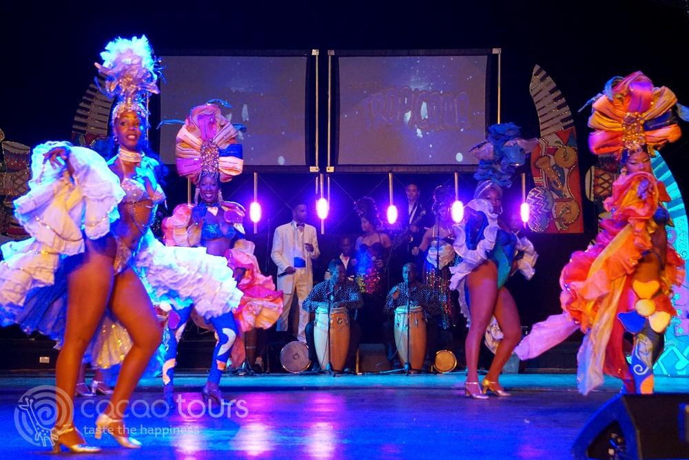 Латино танци в Куба - Тропикана шоу (Tropicana Show, Varadero, Cuba)