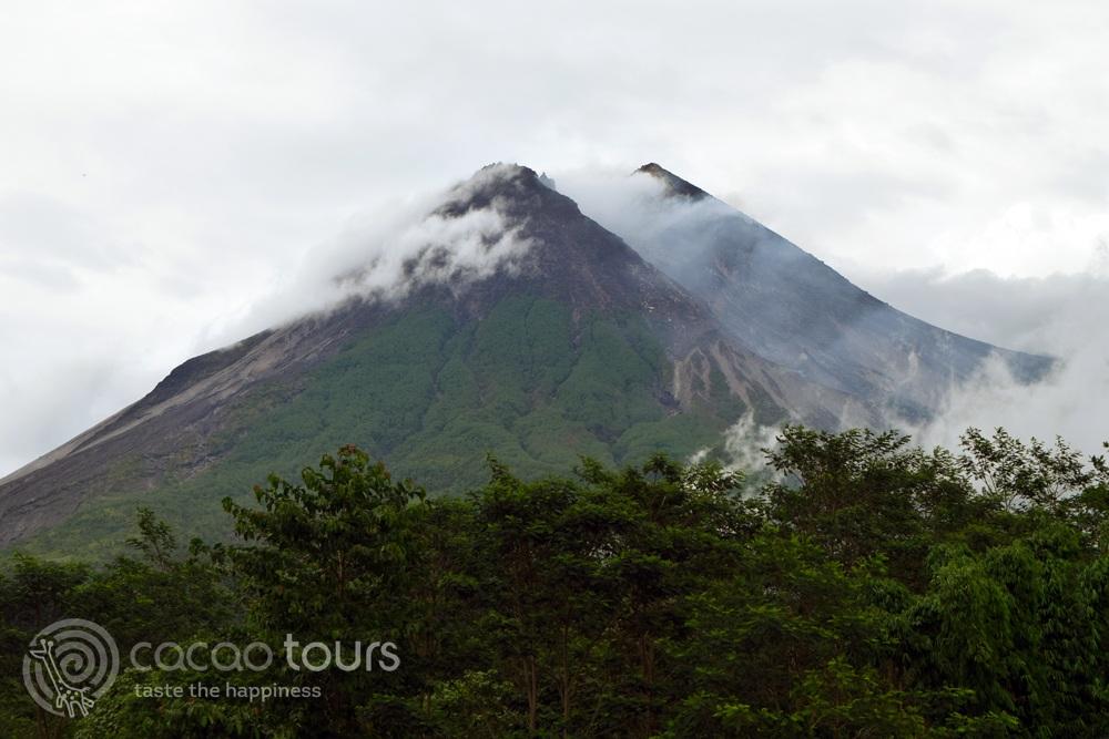Merapi, Yava, Bali, Indonesia