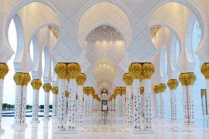 колони в джамията Шейх Зайед, Абу Даби, ОАЕ