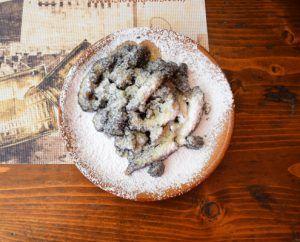 десерт, makove sulance, Bratislava, Slovakia