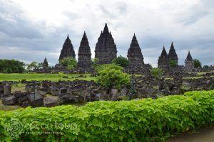 Храмът Прамбанан, гр. Джокякарта, остров Ява, Индонезия