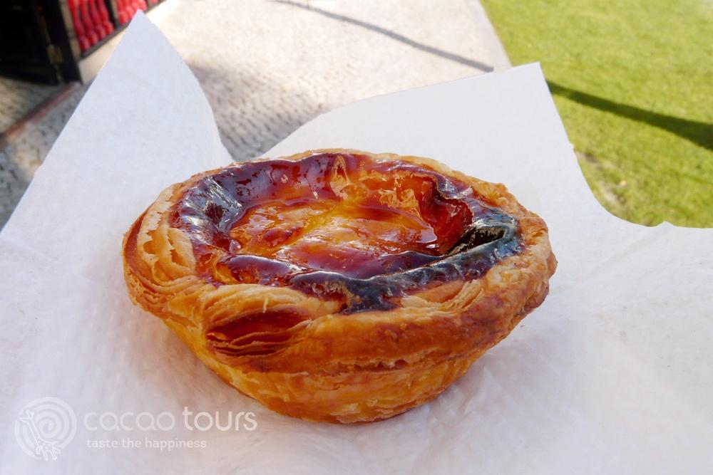 Португалският тарт с крем (Portuguesecustard tart) - традиционни сладкиши в Португалия