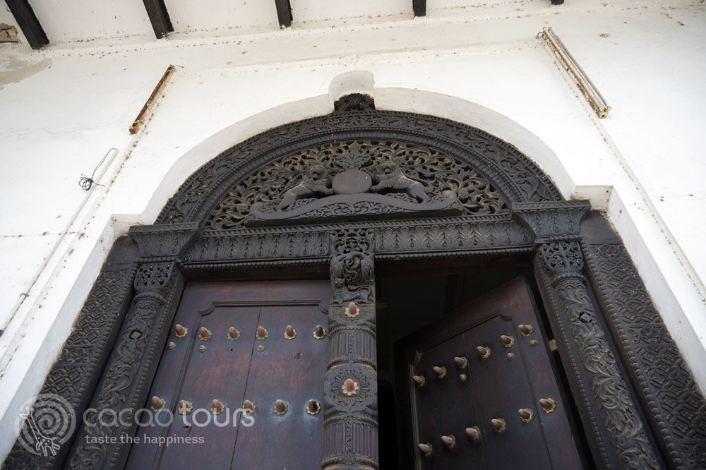 Порта в Стоун Таун, Занзибар, Танзания (Stone Town, Zanzibar, Tanzania)