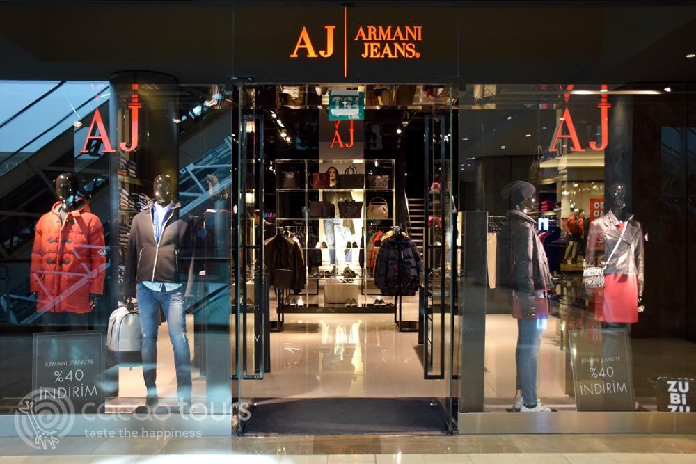 Shopping in Istanbul, Turkey
