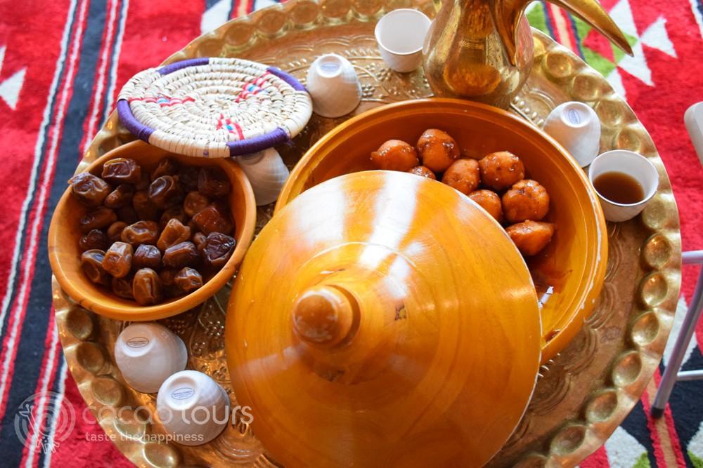 Люкаймати - традиционни сладкиши в ОАЕ (Luqaimat, Dubai, UAE)