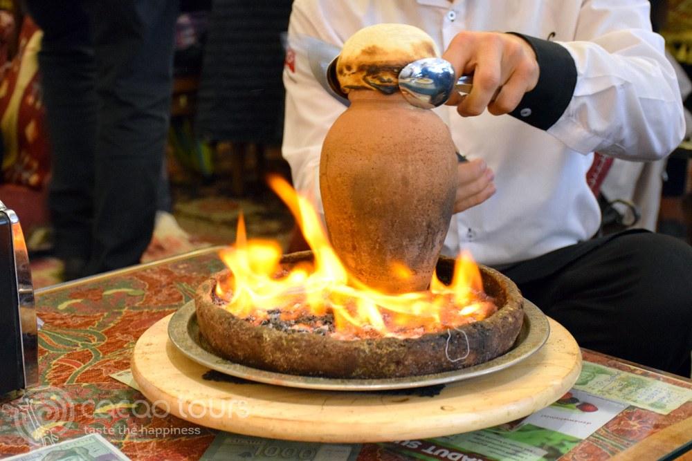 Кебап в гърне (testi kebap), Турция (Turkey)