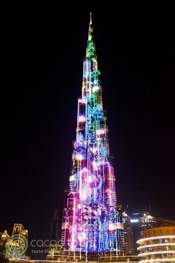 Светлинно шоу на Бурж Халифа, Дубай, ОАЕ