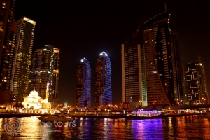 Круиз по Дубай Марина, нощен Дубай, ОАЕ