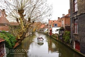 разходка с лодка из каналите на Брюж, Белгия