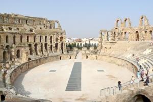 Колизеумът (Amphitheatre) в Ел Джем (El Djem)