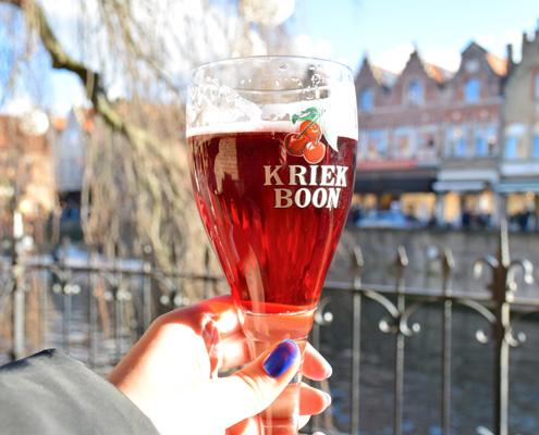 черешова бира в Брюж, Белгия - една от най-популярните бирени дестинации в Европа