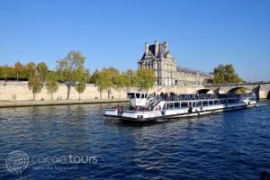 Круиз по река Сена, Париж, Франция