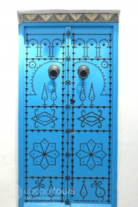 синя врата в Сиди Бу Саид (Sidi Bu Said)