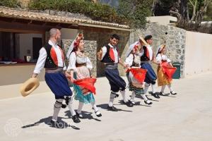 гръцки танци на остров Корфу